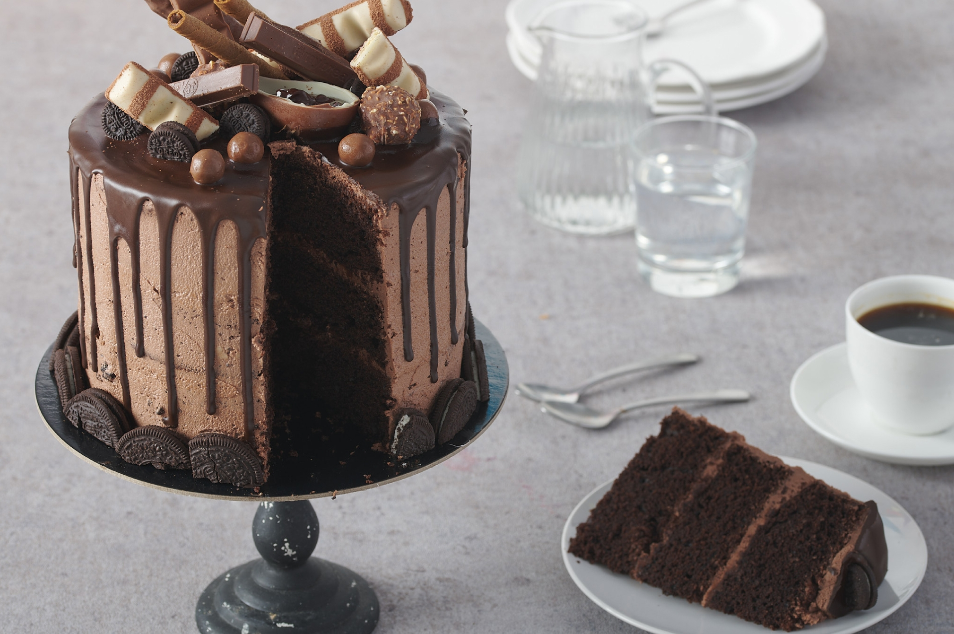 Chocolate & Cookies Cake